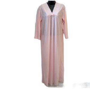 Vintage lightweight pink nightgown small
